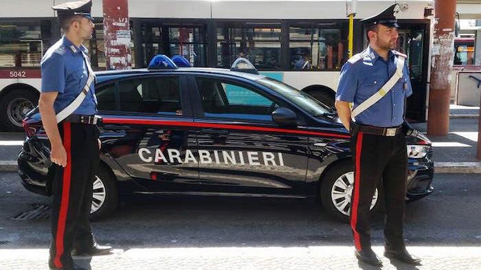 Terminal Anagnina: tenta di rubare auto, arrestato