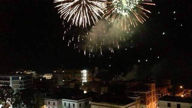 Ladispoli, stasera i fuochi d'artificio (privati) allo stabilimento La Baia
