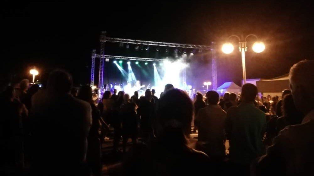 Santa Marinella ricorda Woodstock con una serata di musica