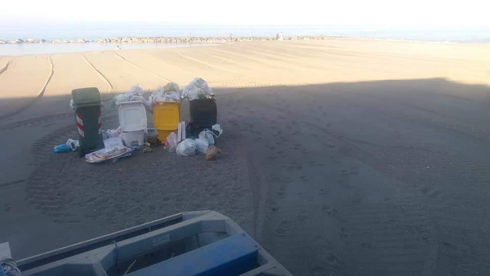 Ladispoli, Augello ringrazia la Massimi per la pulizia in spiaggia