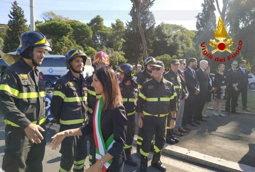Attentato 11 settembre 2001: Raggi e Vigili del fuoco commemorano le vittime