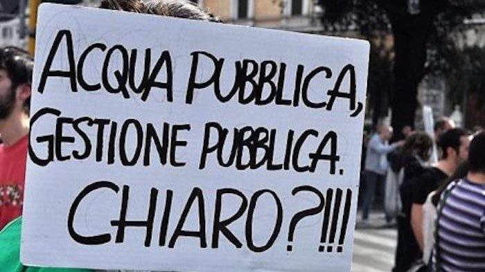 Tarquinia, M5S raccoglie firme per l'acqua pubblica