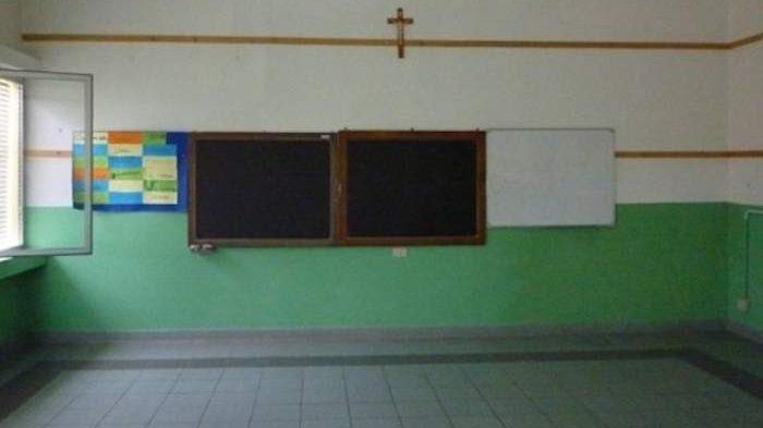 """Municipio XIII, Lega: """"Anno scolastico inaugurato senza banchi e sedie"""""""