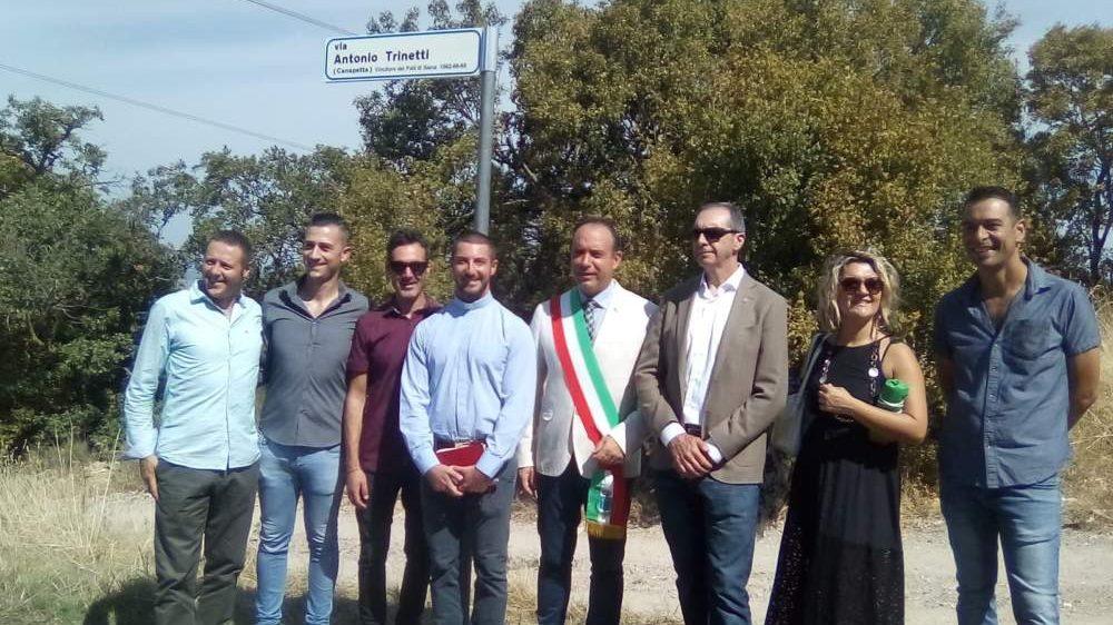 """Allumiere """"inaugura"""" via Trinetti, il Canepetta di Siena"""
