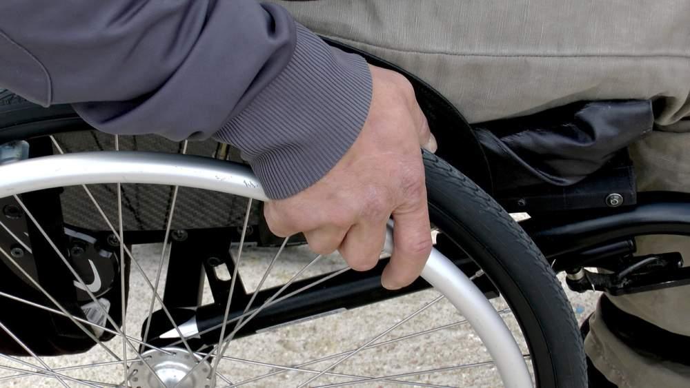 Ladispoli, uscite consentite per persone con disabilità grave