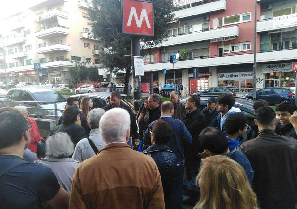 """Metro A, """"riaprire la stazione Baldo degli Ubaldi"""": sit-in del centrodestra"""