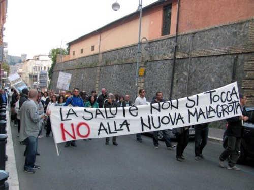 """Monnezza Capitale, il M5S Bracciano a Tondinelli: """"Pronti a scendere in piazza, lui difenda la città"""""""
