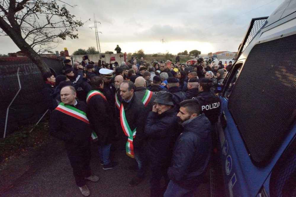 Monnezza Capitale, Civitavecchia presenta ricorso al Tar contro la Raggi