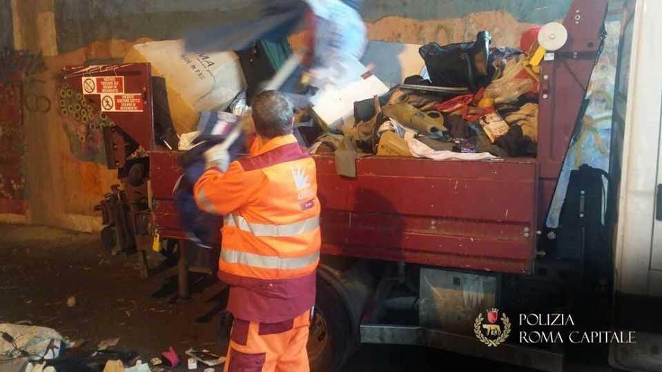 """Monnezza Capitale a Tarquinia, Giulivi: """"Se è vero, bloccherò i camion dell'Ama"""""""