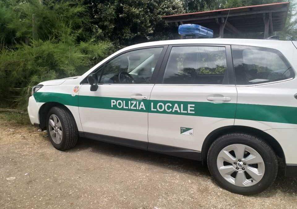 Monnezza Capitale, la Raggi fa scortare i mezzi Ama dalla Polizia di Città Metro fino a Civitavecchia