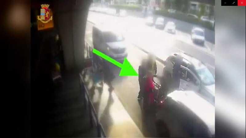 Tassista rompe il naso al cliente a Fiumicino con un pugno