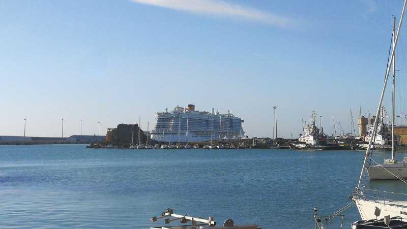 Coronavirus Civitavecchia, i passeggeri sbarcano dalla Smeralda il 31 gennaio alle 7.30