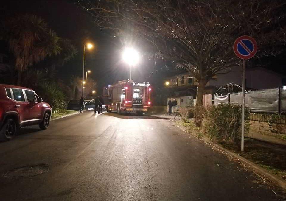 Due esplosioni a Cerveteri: fuga di gas da una villetta, due feriti