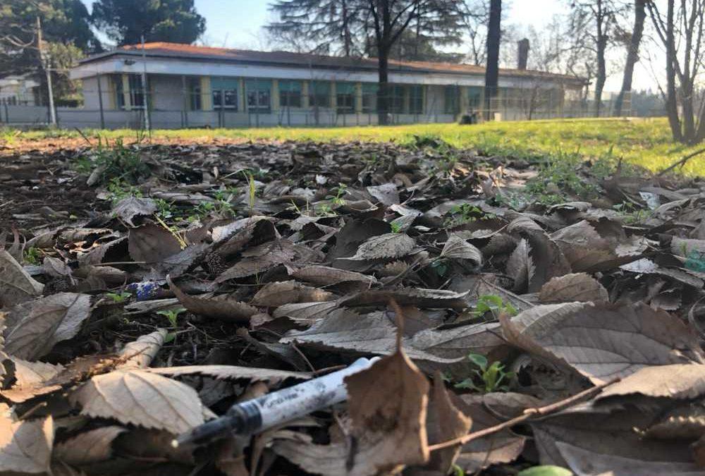 """""""Siringhe vicino all'asilo di via Boemondo"""": la denuncia della Lega"""