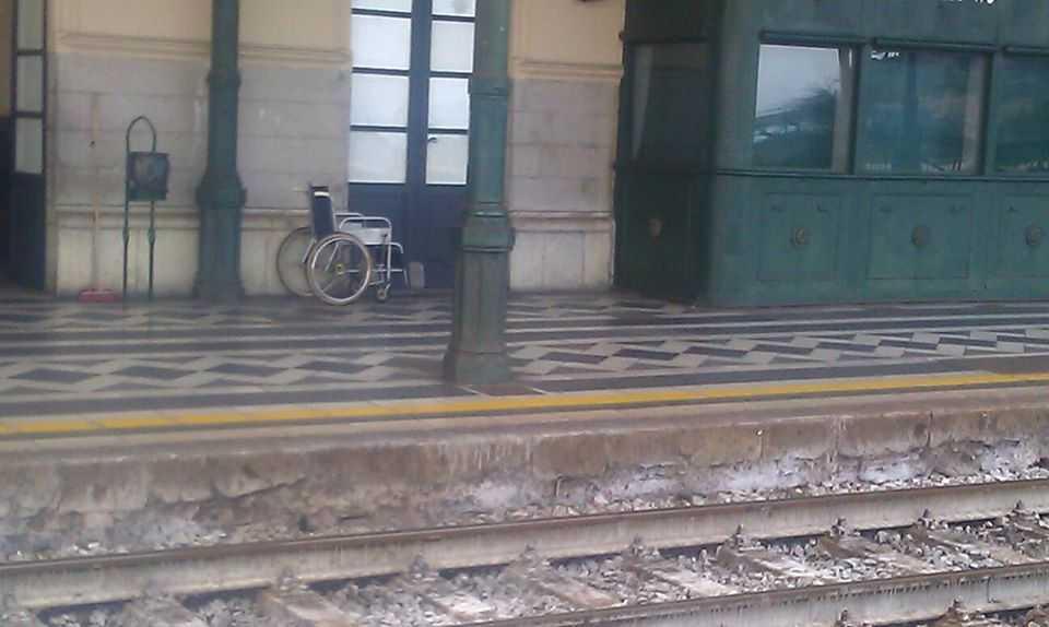 """Civitavecchia Tedesco sulla disabile bloccata in treno: """"Episodio che non deve più ripetersi"""""""