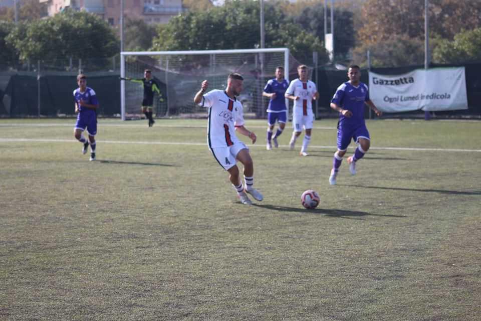 Academy Ladispoli contro Ostia Mare: derby incandescente in campo e sugli spalti