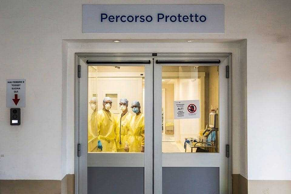 Coronavirus, oggi nel Lazio 199 casi e 12 decessi: donna positiva partorisce al Gemelli