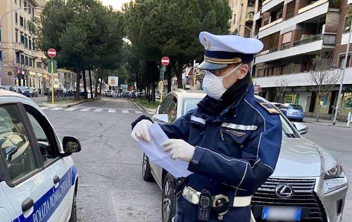 Coronavirus: oltre 11mila controlli e 14 denunce da parte della Polizia Locale