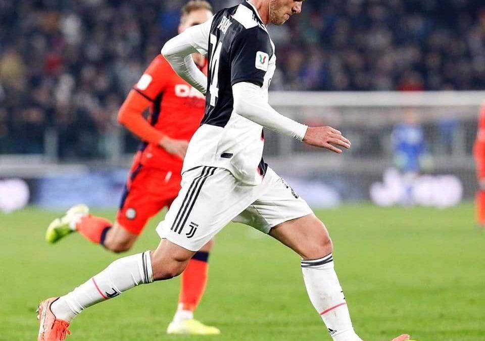Coronavirus, positivo Rugani della Juventus