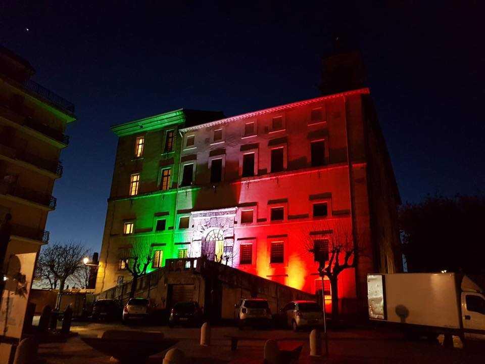 palazzo camerale allumiere tricolore