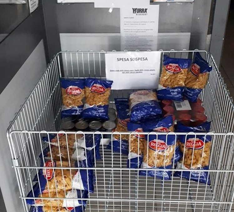 Spesa sospesa al supermercato Hurrà di Manziana